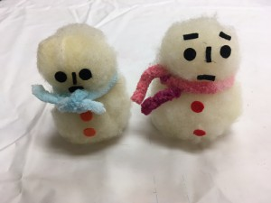 はっけんイベント まっしろ羊毛で雪だるまをつくろう!