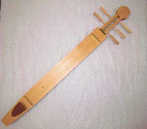 ミュージアムトーク<br>展示室のトンコリを弾いてみよう
